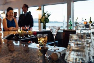 Christmas Eve Dinner San Francisco 2021 San Francisco Bay Christmas Eve Dinner Cruise Including Dj 2021