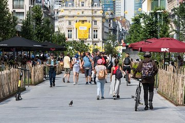 Explore Brussels and shop with our stylist
