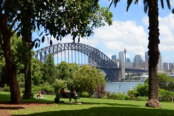 Explore the culture of Sydney Harbour on this walking audio tour to Lavender Bay