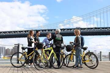 Lower Manhattan and Brooklyn Bridge Guided Bike Tour
