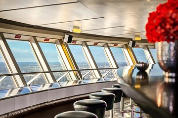 Berlin TV Tower: Skip-the-Line Access and Champagne Breakfast
