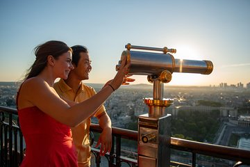 Eiffel Tower Access with Seine River Dinner Cruise and Moulin Rouge Show