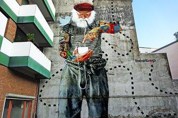 Street art, urban lifestyle, subculture - Walking Tour of Sternschanze