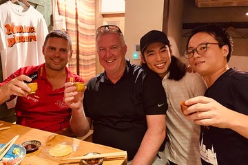 Tokyo Hidden Izakaya and Sake Small-Group Pub Tour with Local Guide
