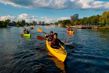 Boston Skyline Kayak Tours from Kendall Square