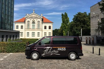 Chopin's Warsaw - guided tour in a minivan with evening piano concert