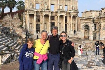 Save 20.00%! Private Ephesus Tour, Terrace House & Temple of Artemis from Kusadasi