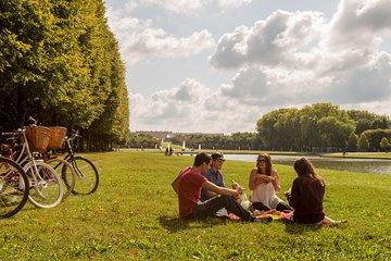 Versailles: Food & Palace Bike Tour