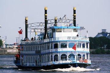 Harbor cruise on the beautiful Elbe