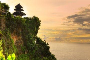 Private Tour: Uluwatu Temple & Southern Bali Highlights