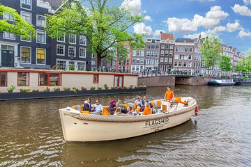 City Canal Cruise with Bar on board and Departure to Anne Frank House
