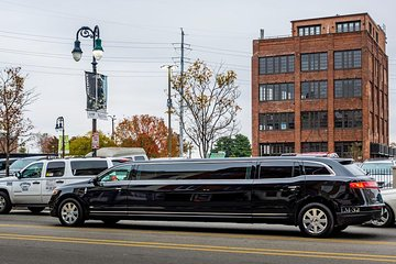 NYC Airport Private Luxury Arrival Transfer via Stretch Limousine, Sedan or SUV