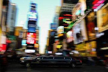 New York Airport Private Luxury Departure transfer via Sedan, Limousine or SUV