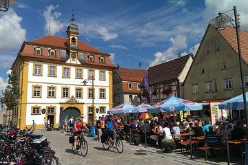 Romantic Road Day Trip from Frankfurt to Röttingen Wine Village WED and SUN