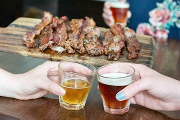 Bacon and Brews Beer Tour in Lakeview and Lincoln Park Tickets
