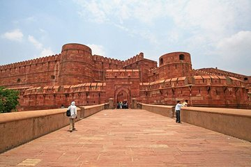 Same Day Taj Mahal Tour With Entrance fee and Lunch