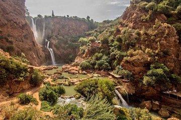 马拉喀什的乌祖瀑布瀑布一日游
