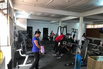 Ultimate Fitness Experience at ReshapeMe Gym!