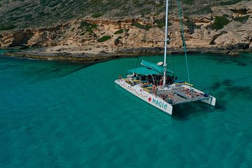 Catamaran tour 5 hours: from Palma de Mallorca