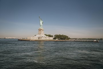 Early-Access Statue of Liberty and Ellis Island Tour
