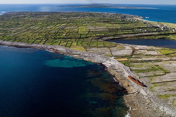 Aran Islands Scenic Flight and Galway Rail Tour from Dublin