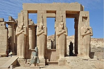 From Hurghada: Day trip to valley of the kings in Luxor