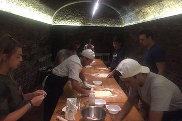 Castle Cellar in the Roman Countryside Cooking Class and Wine Tasting Experience