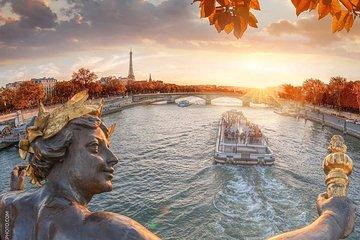 Seine River Cruise Ride in Paris