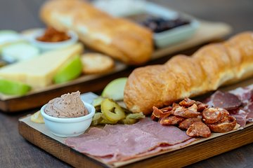 The 10 Tastings of Sydney With Locals: Private Food Tour