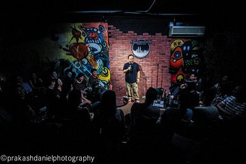 Weekend Headliner Night! The Best of International and Local Comedians!