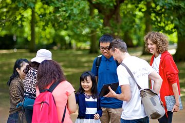 Classic London micro-walking half-day tour [Group tour]: Buckingham Palace, Royal Park, Big Ben, Downing Street, London Guided Tour: 55 degrees north latitude