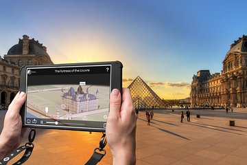 Immersive City Tour and Seine River Cruise