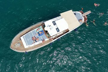 Vintage Boat from Neapolitan Dolcevita in the gulf