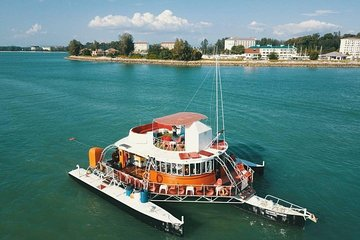Port Dickson: Dickson Dragon Sunset Cruise