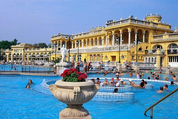Fast Track Entrance to Széchenyi Spa with Optional Massage plus Dinner Cruise