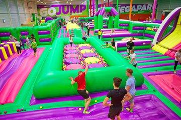 GOjump MEGAPARK Kraków-Sikorki 1h ticket: GOair Inflatable Park