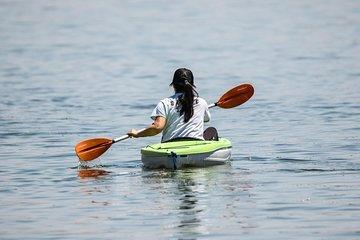 Lake Las Vegas 2-Hour Kayak Rental