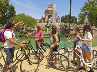 Riding Barcelona. Private Bike Tour Highlights & Gaudi's Art