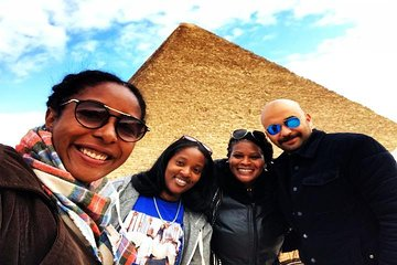 Save 10.00%! 8 Hrs Day Tour of Giza Pyramids-Egyptian Museum with Market and Camel ride
