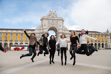 Lisbon Essential Walking Tour: History, Stories and Lifestyle