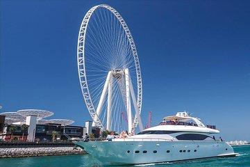 Dubai Marina Yacht Tour with Breakfast or BBQ