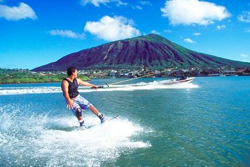 Beginner/Advance Level - Speedboat wakeboarding pick up at Kwun Tong Public Pier