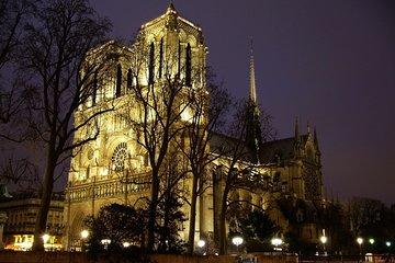 Ghosts Paris Tour: MONA LISA's Murder Night Game (Notre Dame, Île de la Cité)