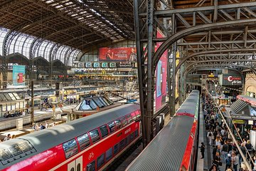 Hamburg Central Train Station Private Transfer (Business)