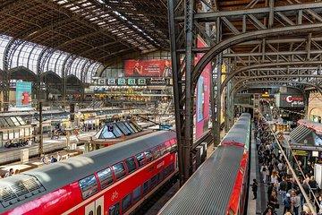 Hamburg Central Train Station Private Transfer Economy