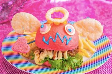 Kawaii Monster Cafe and Robot Restaurant Show Ticket Package with Meal