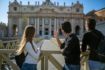 Private Vatican Tour with Sistine Chapel & Museums Fast Access plus Hotel Pickup