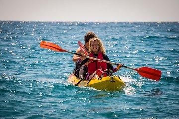 2 Hours Kayak Tour in Cerro Gordo-Maro Natural Park