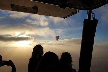 Premium Balloon Ride With Gourmet Breakfast, Falcon Show & Desert Safari