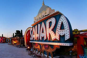 The Strange Art of Las Vegas: Neon Museum and Mob Museum Private Tour
